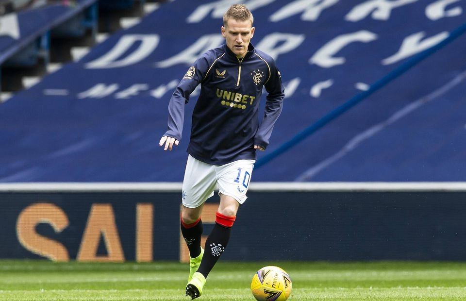 Rangers latest news: Steven Gerrard tipped to discuss game time with Steven Davis