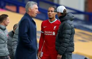 Jurgen Klopp with be without Virgil van Dijk for a VERY long time
