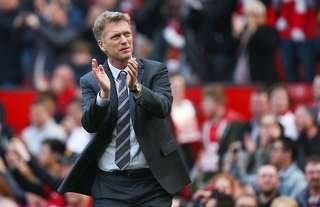 David Moyes clapping