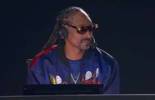Snoop Dogg was on commentary for Mike Tyson vs Roy Jones Jr