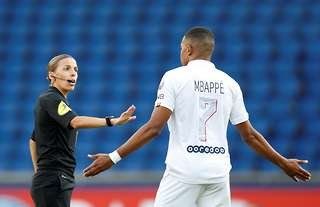 Stephanie Frappart referee
