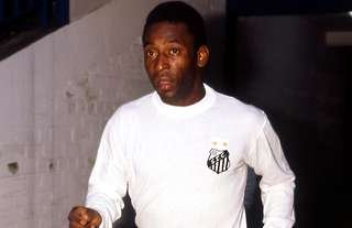 Pele in action for Santos