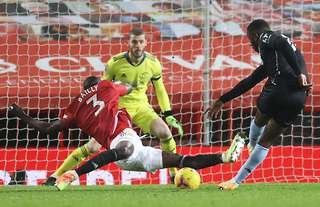 Man United: Slow-motion footage of Eric Bailly's block vs Aston Villa is  simply immense | GiveMeSport