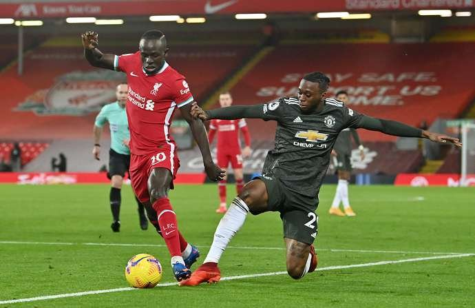 Sadio Mane in action for Liverpool vs Man United