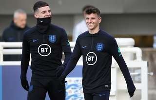 England teammates Mason Mount and Declan Rice