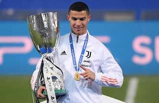 Cristiano Ronaldo moves up list of players with most trophies won in history