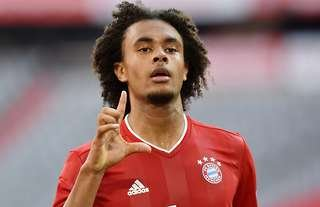Joshua Zirkzee in action for Bayern