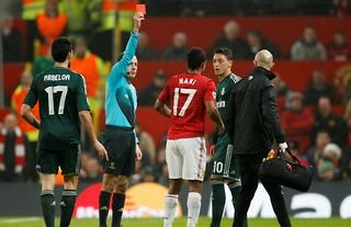 Nani is shown a red card in Man United vs Real Madrid in 2013