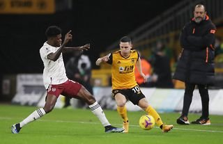 Wolves attacker Daniel Podence in action