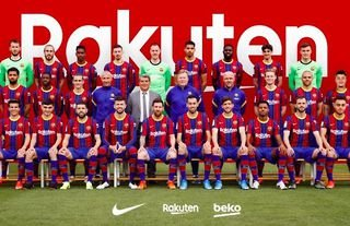 Barcelona's official team picture for 2020/21