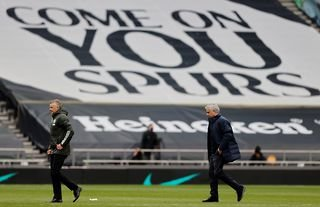 Some Tottenham players want Jose Mourinho out