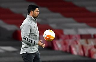Arsenal manager Mikel Arteta with the ball