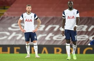 Tottenham's Toby Alderweireld and Moussa Sissoko look on after conceding to Liverpool earlier this season