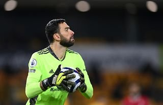 Wolves goalkeeper and Roma target Rui Patricio with the ball in his hands