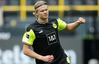 Reported Manchester United target Erling Haaland in action for Dortmund amid speculation around his future