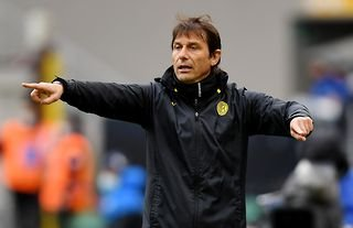Former Inter Milan manager and Tottenham target Antonio Conte giving instructions
