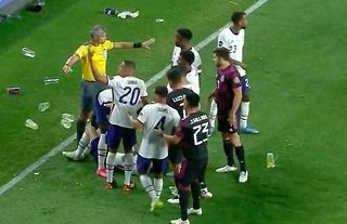 Things got very heated in the CONCACAF Nations League final...
