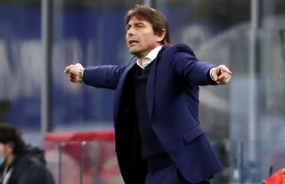 Former Inter Milan manager and Tottenham target Antonio Conte giving orders
