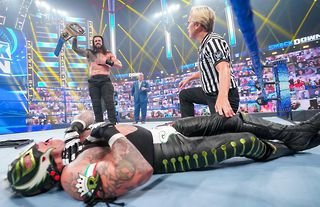 WWE SmackDown results: History is made in Roman Reigns vs Rey Mysterio Hell in a Cell match