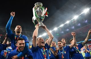 Italy celebrate after winning Euro 2020