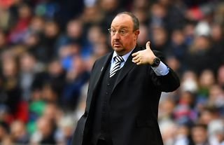 New Everton manager Rafael Benitez giving instructions to his players