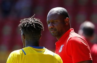 New Crystal Palace manager Patrick Vieira talking to one of his players