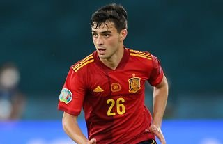 Pedri has played non-stop for Barcelona & Spain in 2020/21