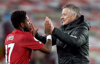 Ole Gunnar Solskjaer with Fred post match amid speculation over a move for Saul