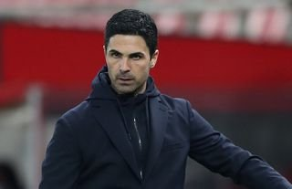 Mikel Arteta on the sidelines for Arsenal amid speculation over Tammy Abraham