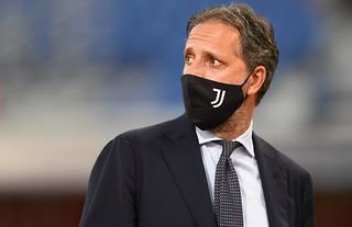 Fabio Paratici on the sidelines amid speculation over a Spurs move for Vlahovic