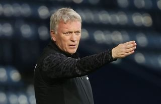 West Ham manager David Moyes giving directions
