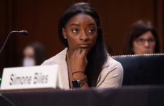 US gymnast Simone Biles has given an emotional testimony before the Senate Judiciary Committee, who are investigating how the FBI's investigation into Larry Nassar was handled