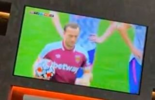 Mark Noble couldn't beat David de Gea to earn a point for West Ham