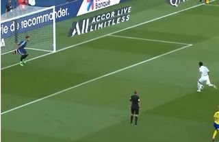 Neymar's incredibly cheeky penalty in 2020 remembered