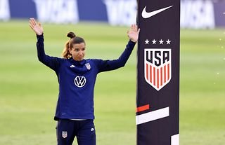 American winger Tobin Heath could make her Arsenal debut against Manchester City in the Women's Super League this weekend