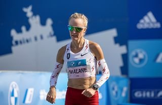 American long-distance runner Shalane Flanagan ran the Boston Marathon the day after completing the Chicago Marathon, part of an incredible attempt to run all six Majors in a six-week period.